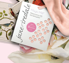 Load image into Gallery viewer, Jane Iredale MAGIC MITT MAKEUP REMOVER IN PACKAGE