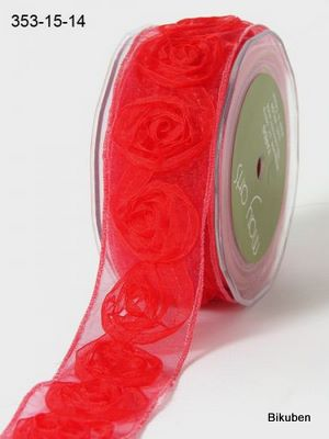 May Arts: Large Red Roses Ribbon    (metervis)