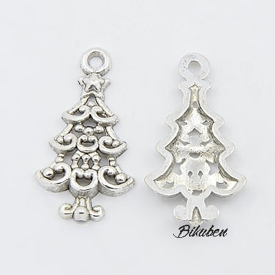 Charms - Antique Silver - Ornate Christmas Tree