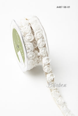 May Arts - Rosettes Ribbon - White - METERSVIS