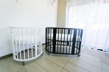 Load image into Gallery viewer, The Oliver Oval Crib