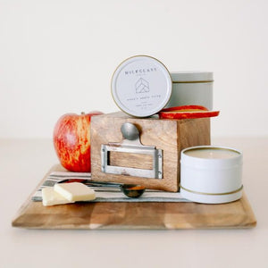Nana's Apple Crisp 4oz Tin - Milkglass candle