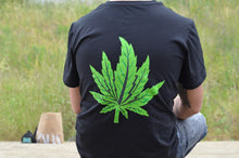 Load image into Gallery viewer, Black Gras T-shirt (Green Leaf)