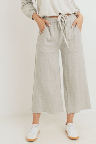 Cropped Length Detailed Pants