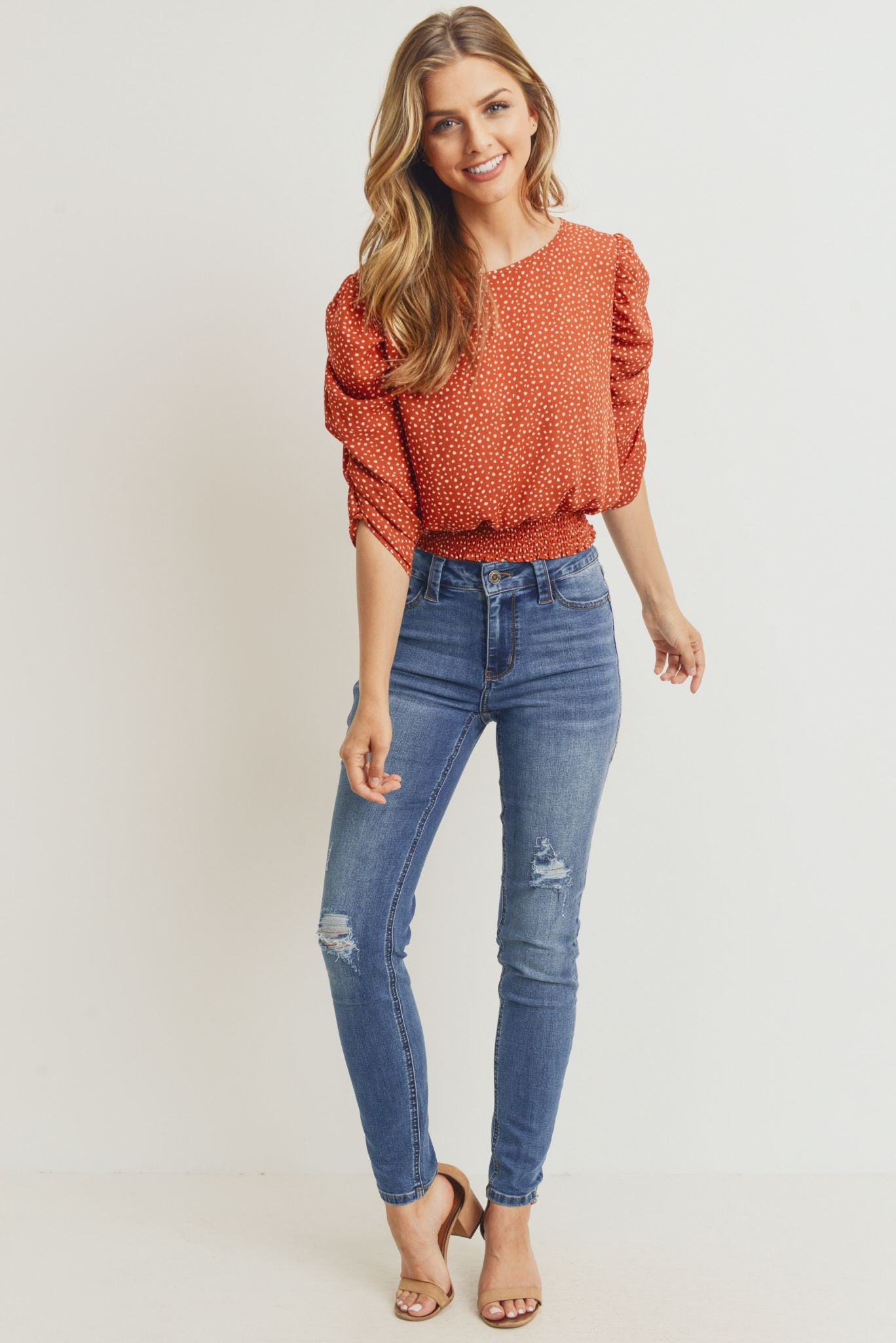 Smocked Band Top with Shirring Puff Sleeve