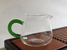 Load image into Gallery viewer, Green Handled Glass Sharing Pitcher