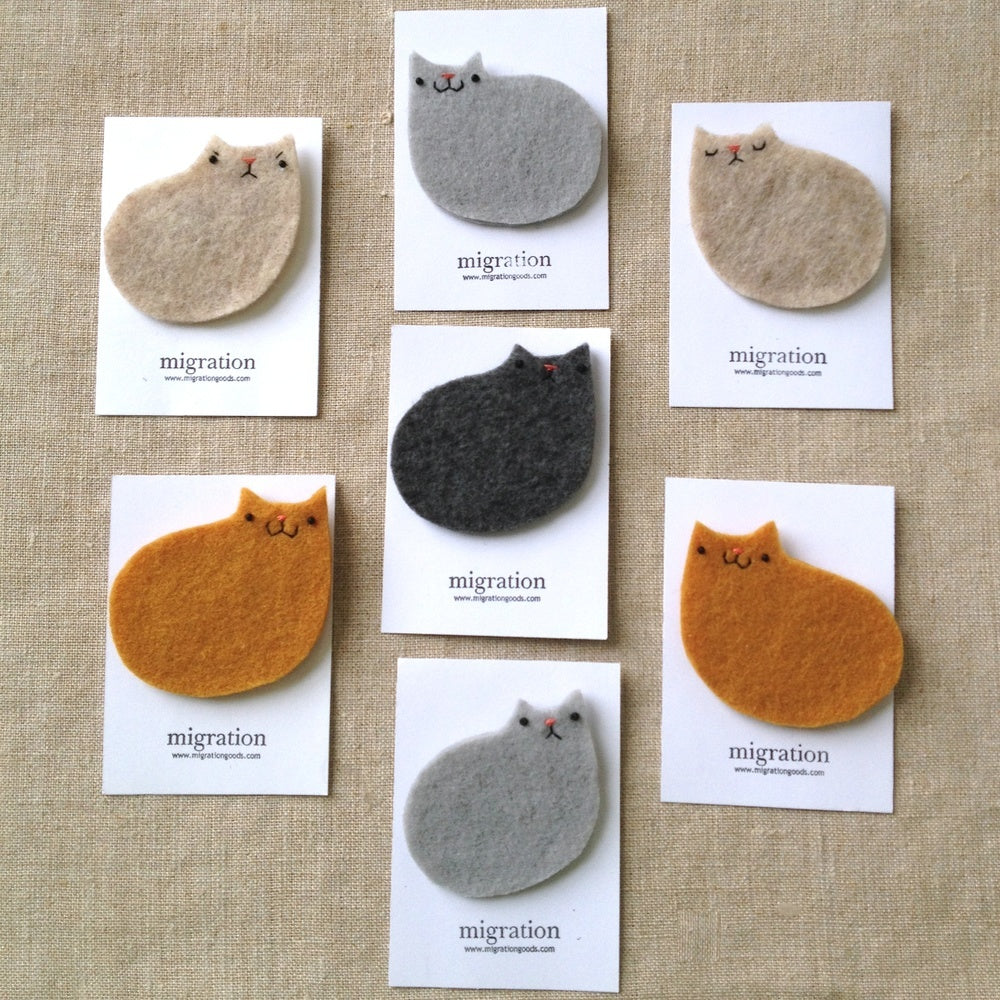 catloafbrooches