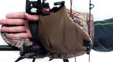 Load image into Gallery viewer, INSULATED BOW MITT (Third Gen)
