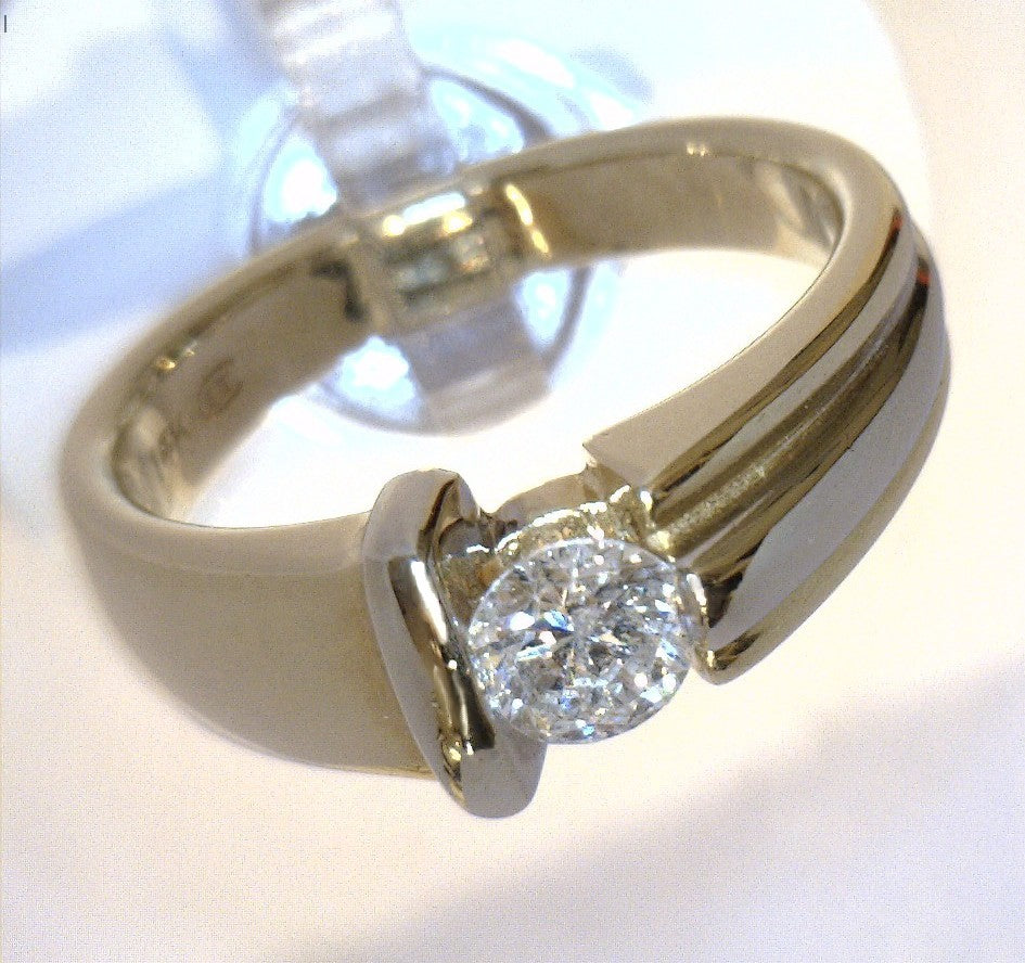 ESTATE 14K Yellow & White two tone Gold 0.39ct Diamond Ring w/ certificate