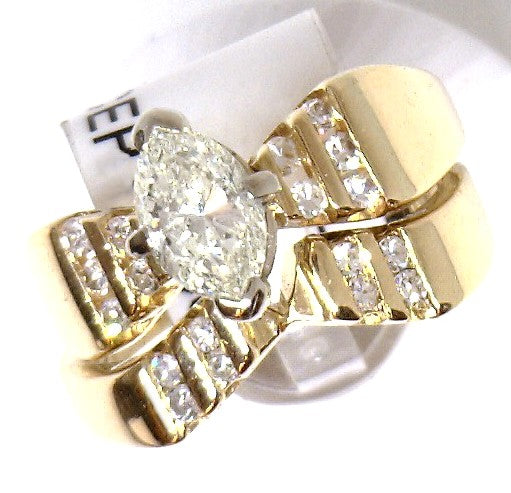ESTATE 14KY GOLD 0.75 CTW MARQUISE DIAMOND RING SET