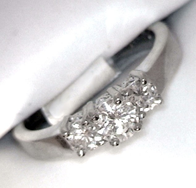 14K White Gold 3-stone 0.60ctw Diamond engagement / anniversary RING