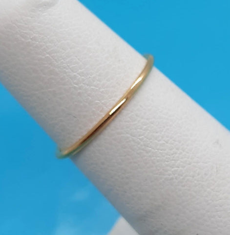 10K Yellow gold plain 1.0 mm band Ring