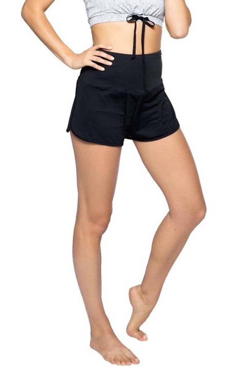Cici Short - Black - Strut-This | INFLOWSTYLE