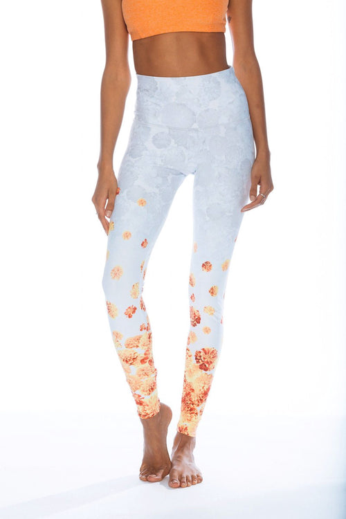 High Rise Graphic Legging - Varmala - Onzie | INFLOWSTYLE