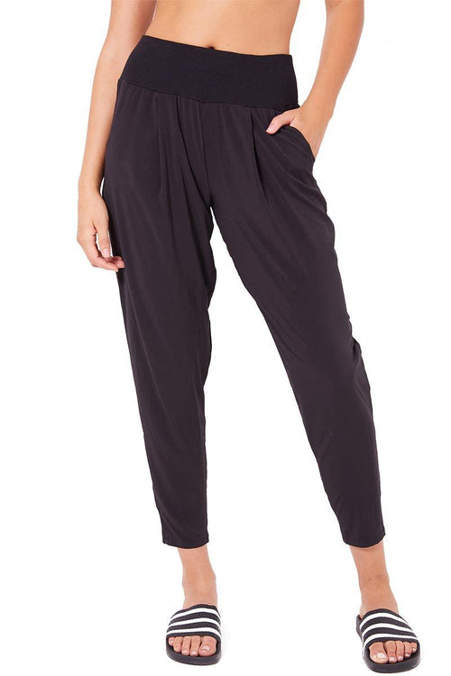 Unwind Pleated Pant - Black