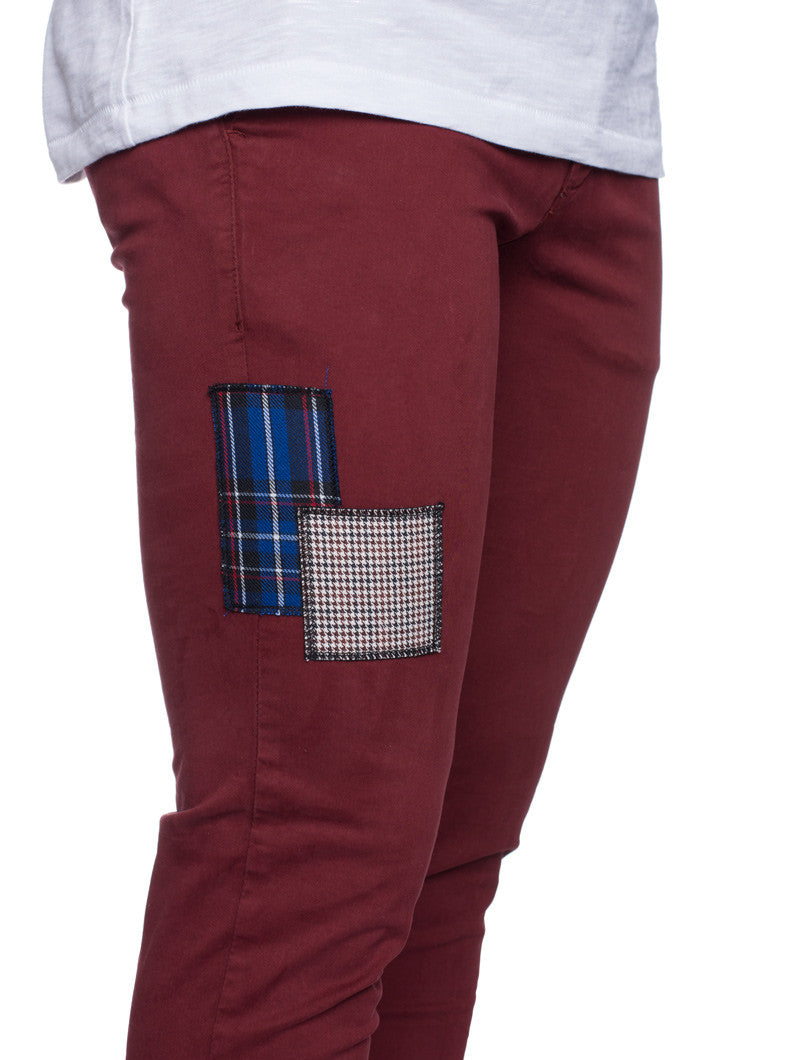 PATCHWORK BORDEAUX CHINO