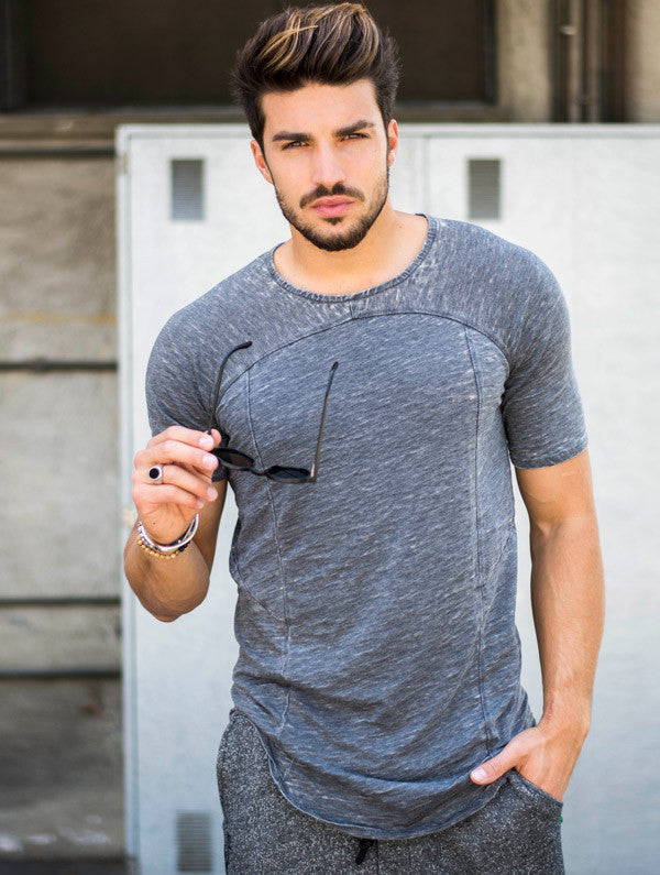 MEN'S T-SHIRT | TUBE GREY T-SHIRT | NOHOW STYLE | MARIANO DI VAIO LOOK