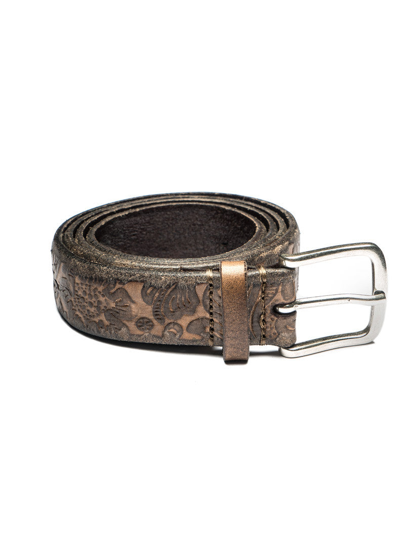 LEATHER BELT WITH FLORAL EMBOSS IN BROWN