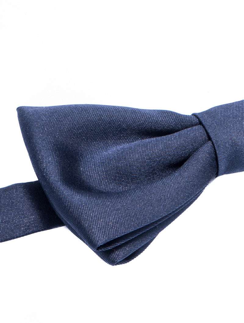 BLUE SATIN BUTTERFLY BOW TIE