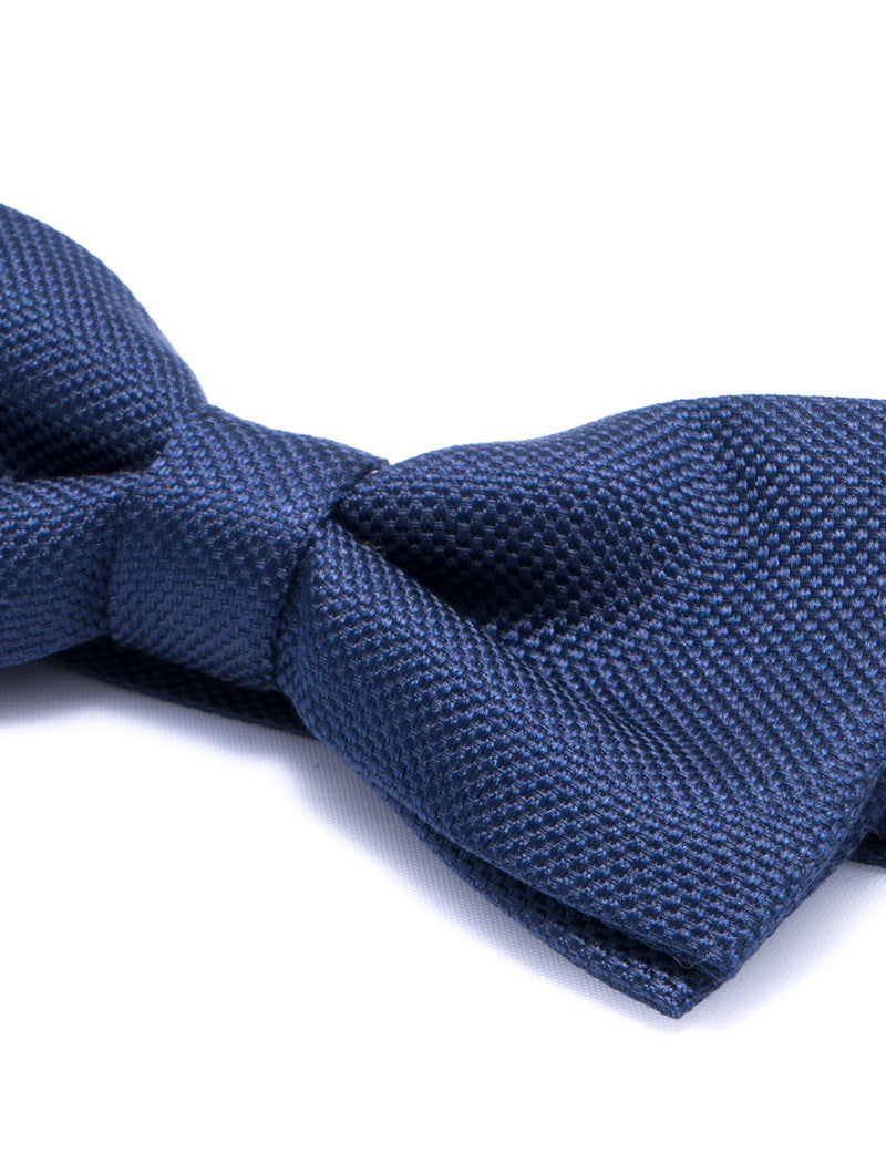 TEXTURED BOW TIE IN BLUE