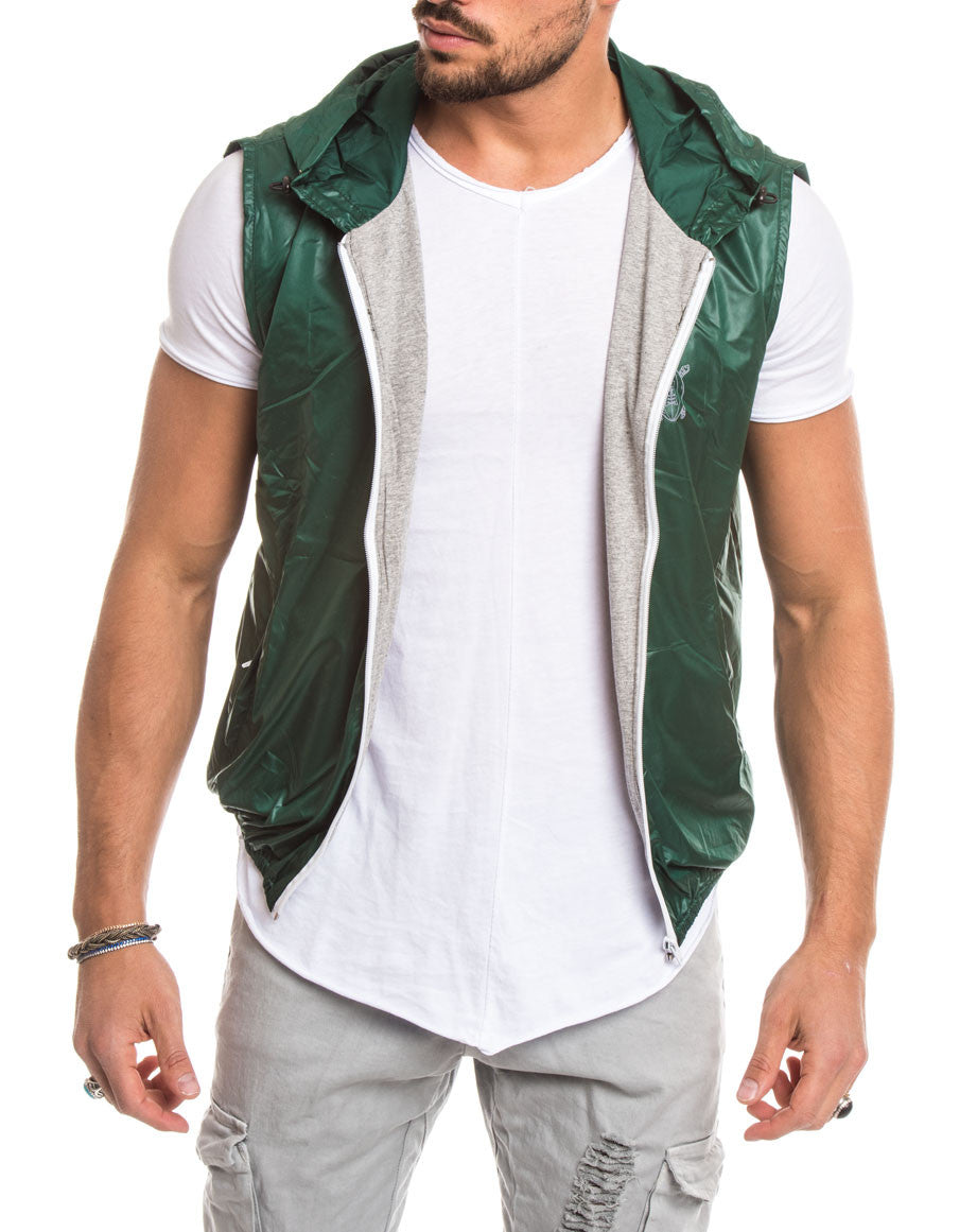MEN'S CLOTHING | GREEN RUGBY PATCH VEST | WINDBREAKER JACKET | SLEEVELESS | TECHNICAL FABRIC | HOOD | COTTON JERSEY CUFFS | ELBOW PATCHES | GABARDINE PATCH | PRINTED NUMBER | ZIP POCKETS | MADE IN ITALY | SOLASIE' | NOHOW