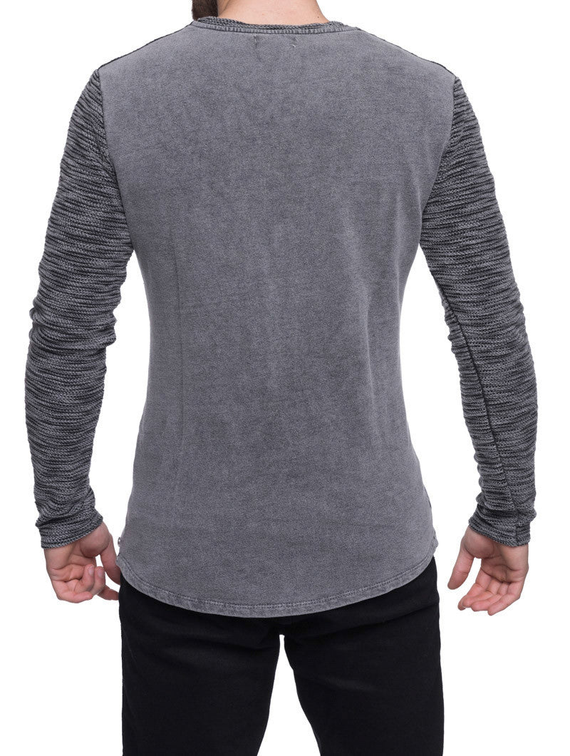BLACK FLAMED SWEATSHIRT