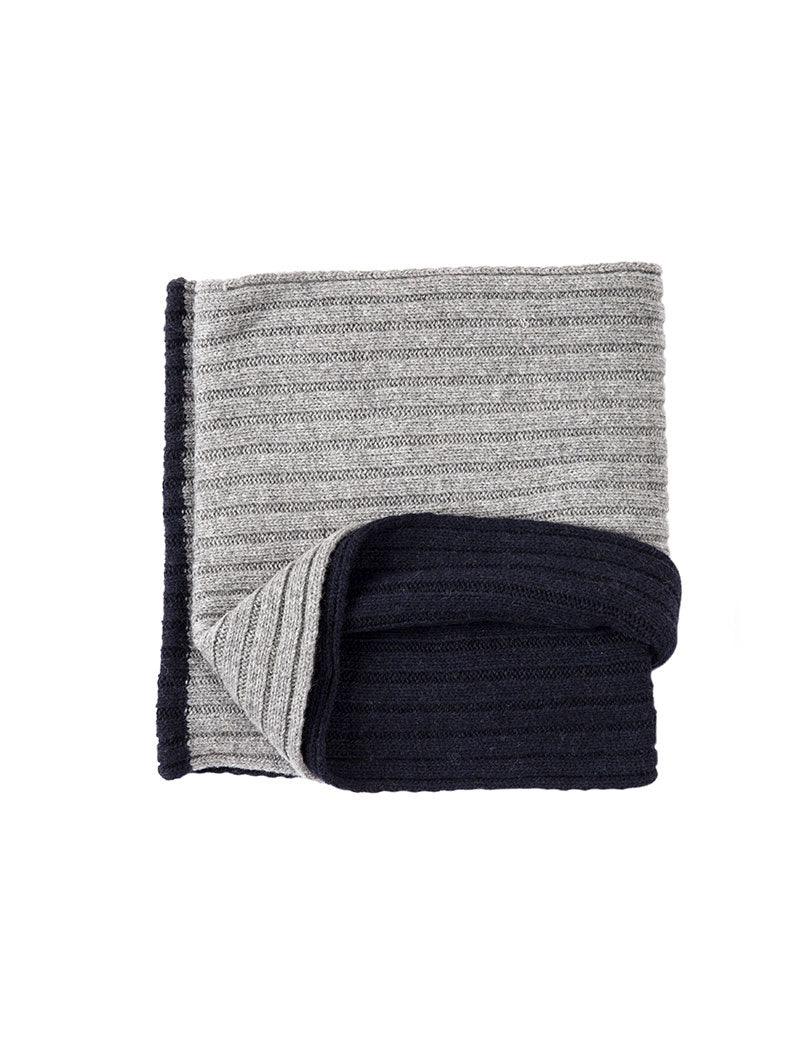 VELIA TWO-TONE RIBBED SCARF IN BLUE AND GREY