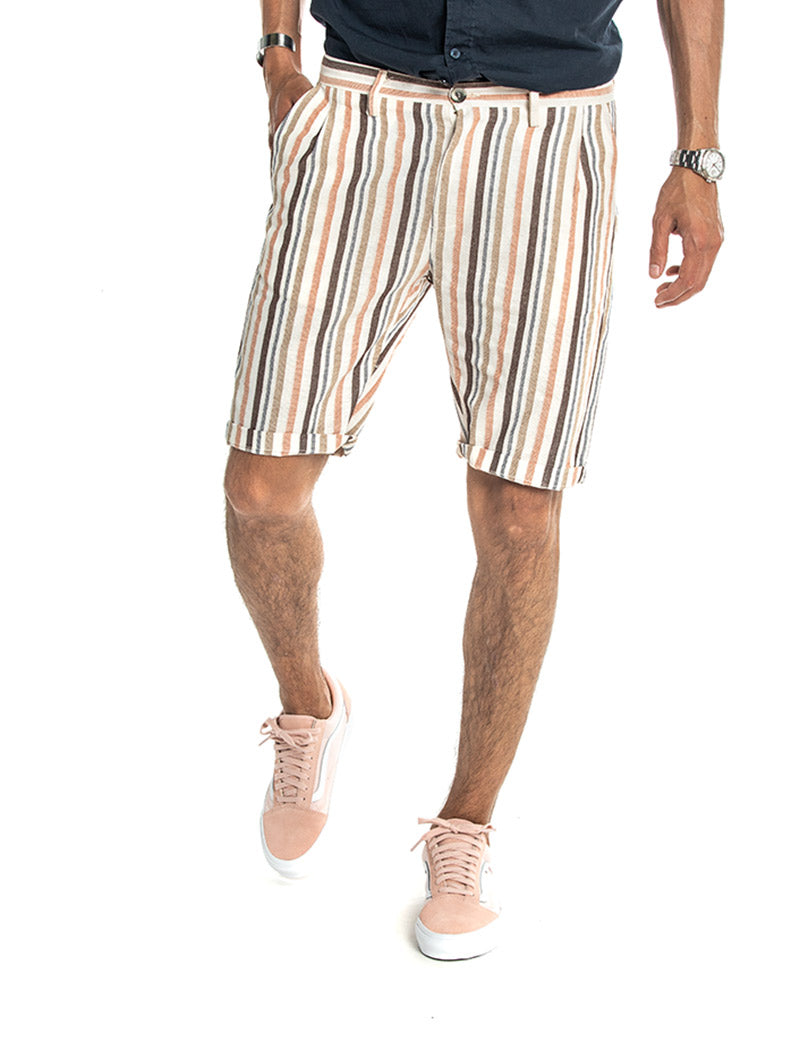 JAMAICA STRIPPED CASUAL SHORTS IN WHITE AND BEIGE