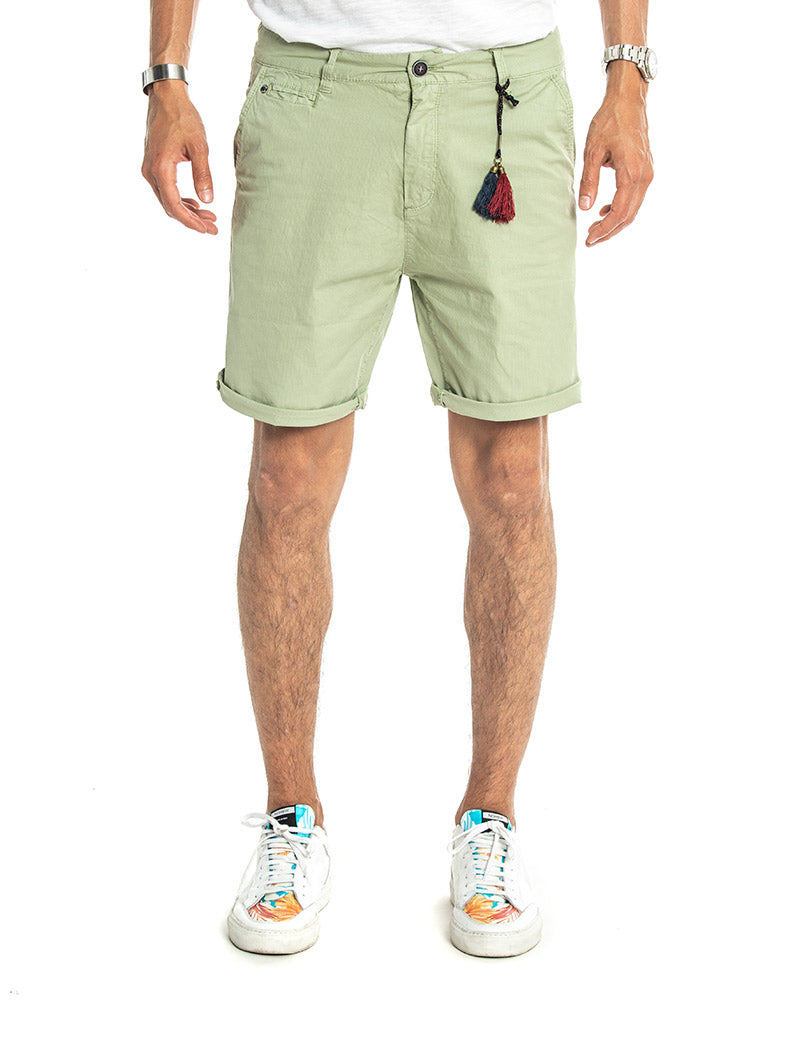 BARSON SHORT IN LIGHT GREEN PINSTRIPE