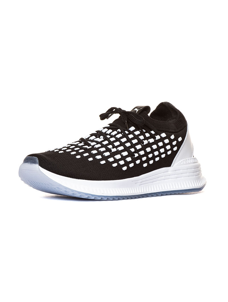 AVID FUSEFIT PUMA IN BLACK AND WHITE