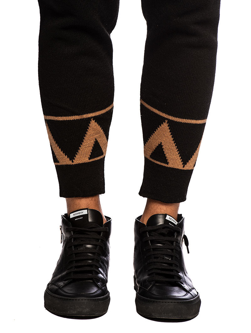 AJAY CASUAL PANTS IN BLACK AND CAMEL