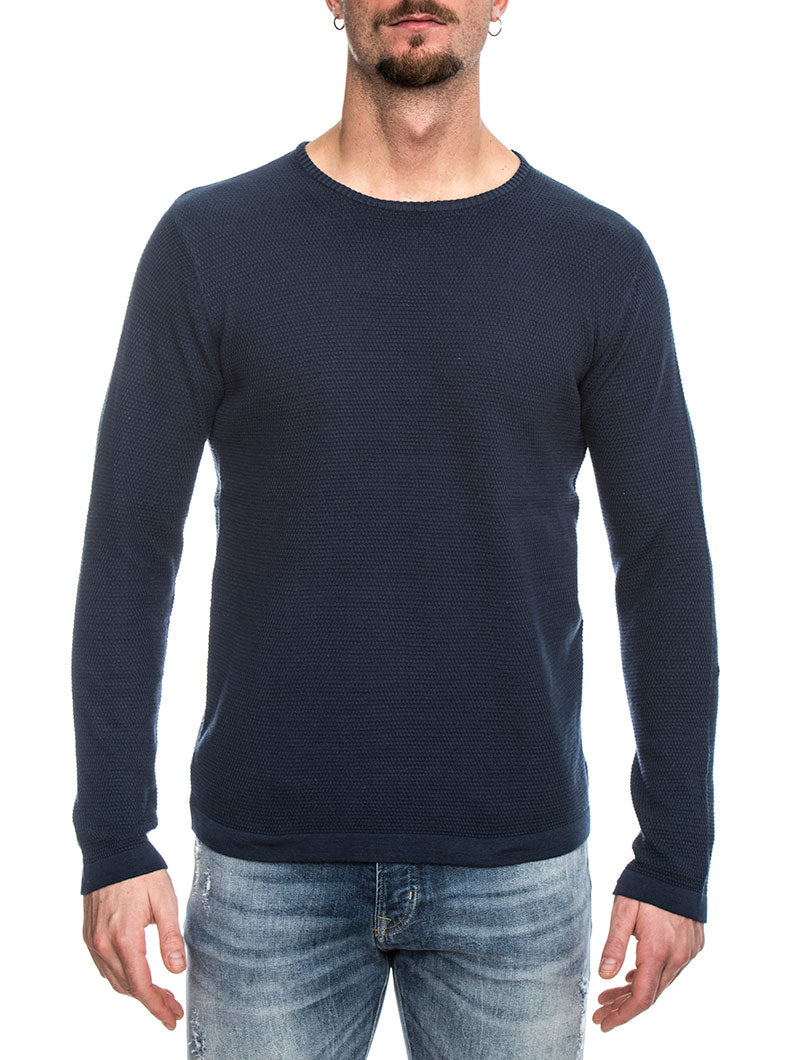 KNIT STRUCTURE IN NAVY