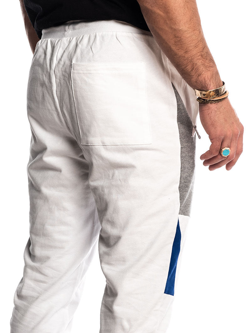 EA7 SWEATPANTS IN WHITE
