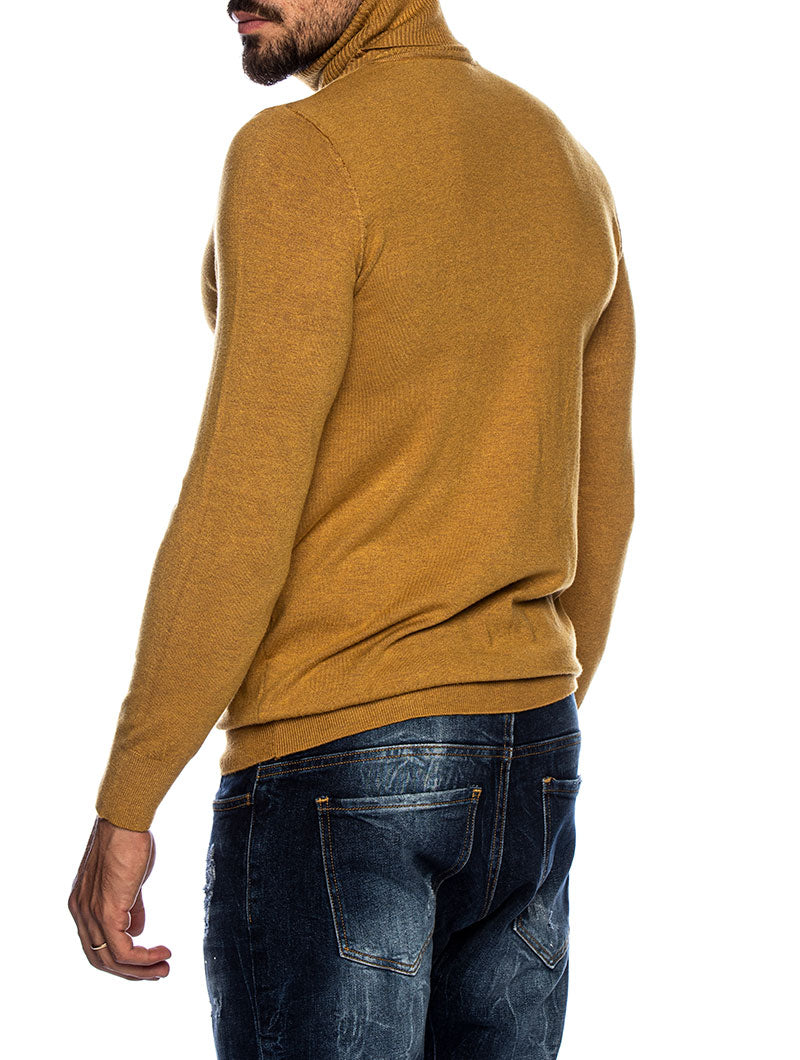 LARRIE ROLLNECK SWEATER IN MUSTARD