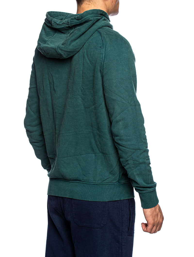 TJM WASHED CHEST GRAPHIC HOODIE IN GREEN