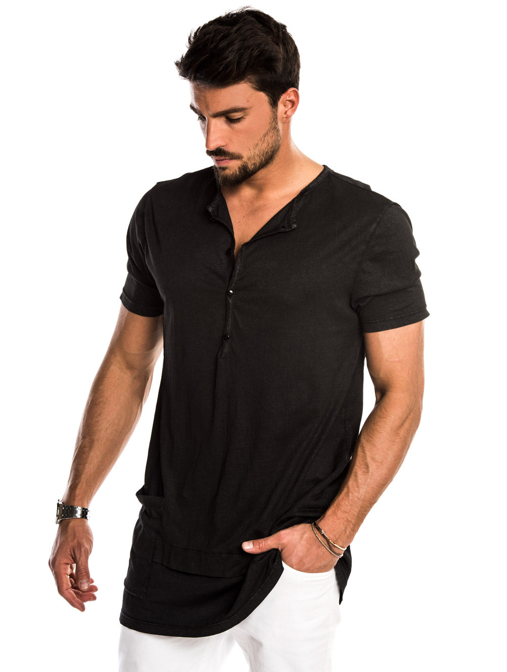 ANDY OVERSIZED T-SHIRT IN BLACK