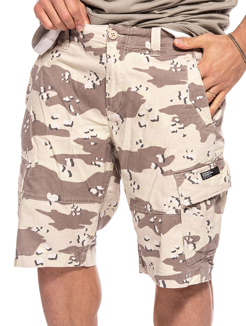 CORE CARGO SHORTS IN CAMOUFLAGE
