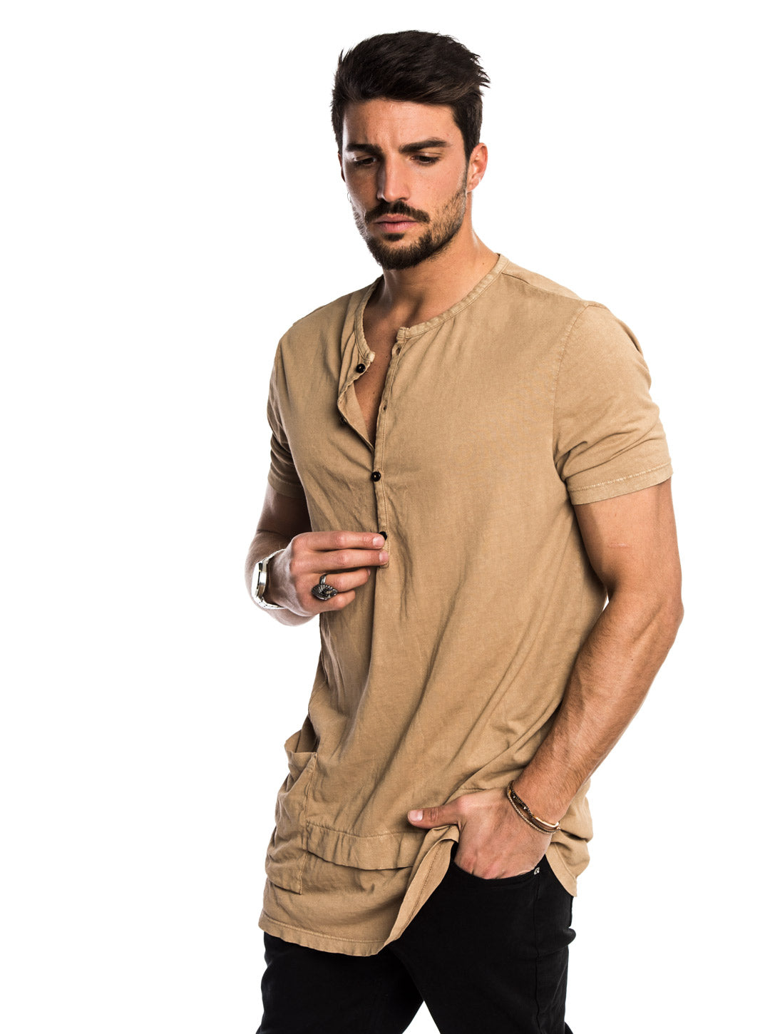 ANDY OVERSIZED T-SHIRT IN SAND