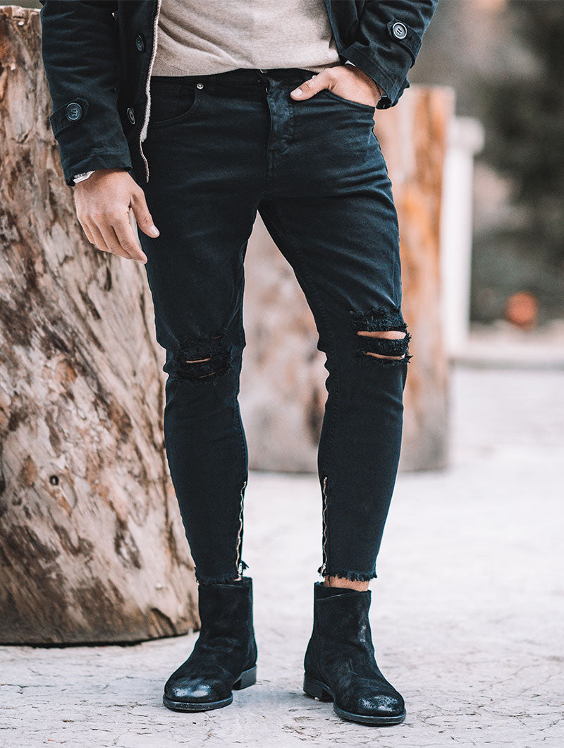 BLACK RIPPED JEANS 2.0