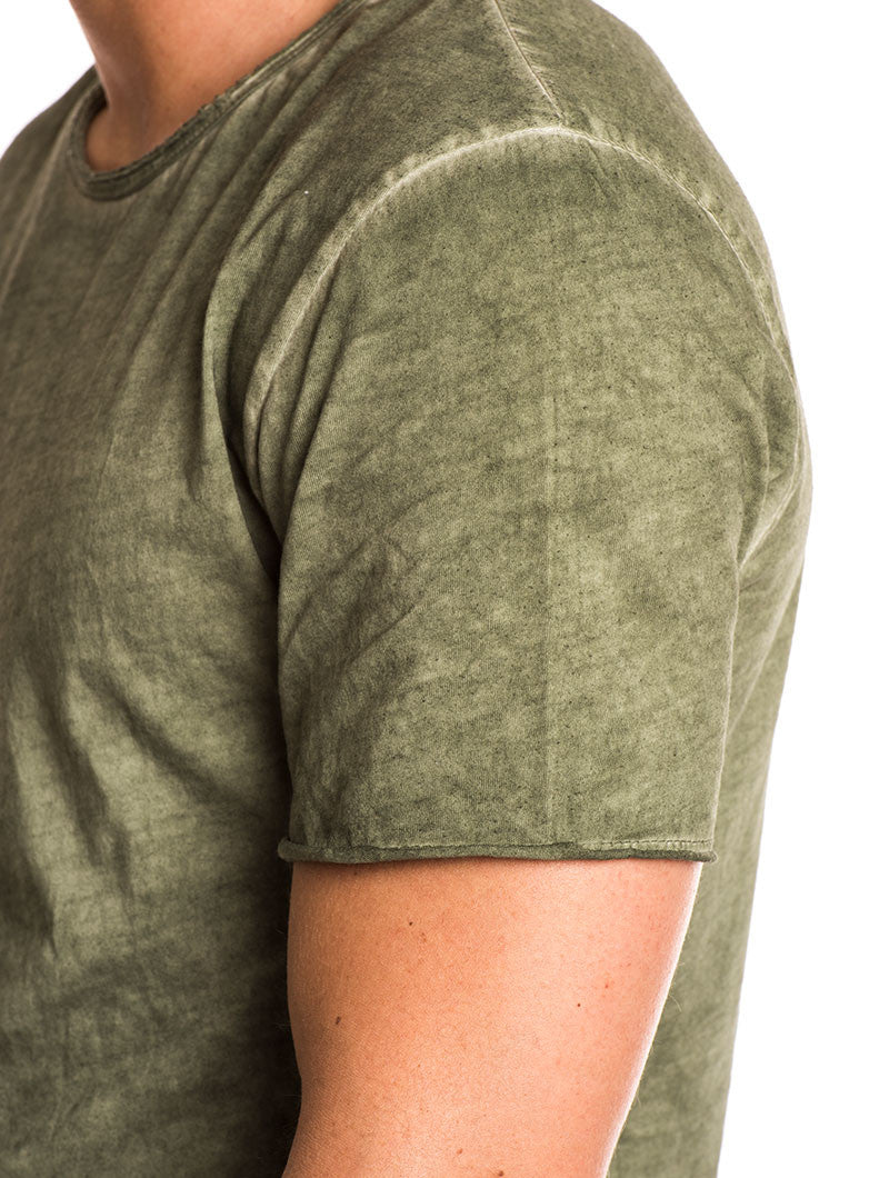 MEN'S CLOTHING | GREEN BASIC WASHED T-SHIRT | COTTON | LIGHT BLUE | CREW NECK | SHORT SLEEVES | RAW EDGES | SLIM FIT | NOHOW SUMMER COLLECTION | NOHOW