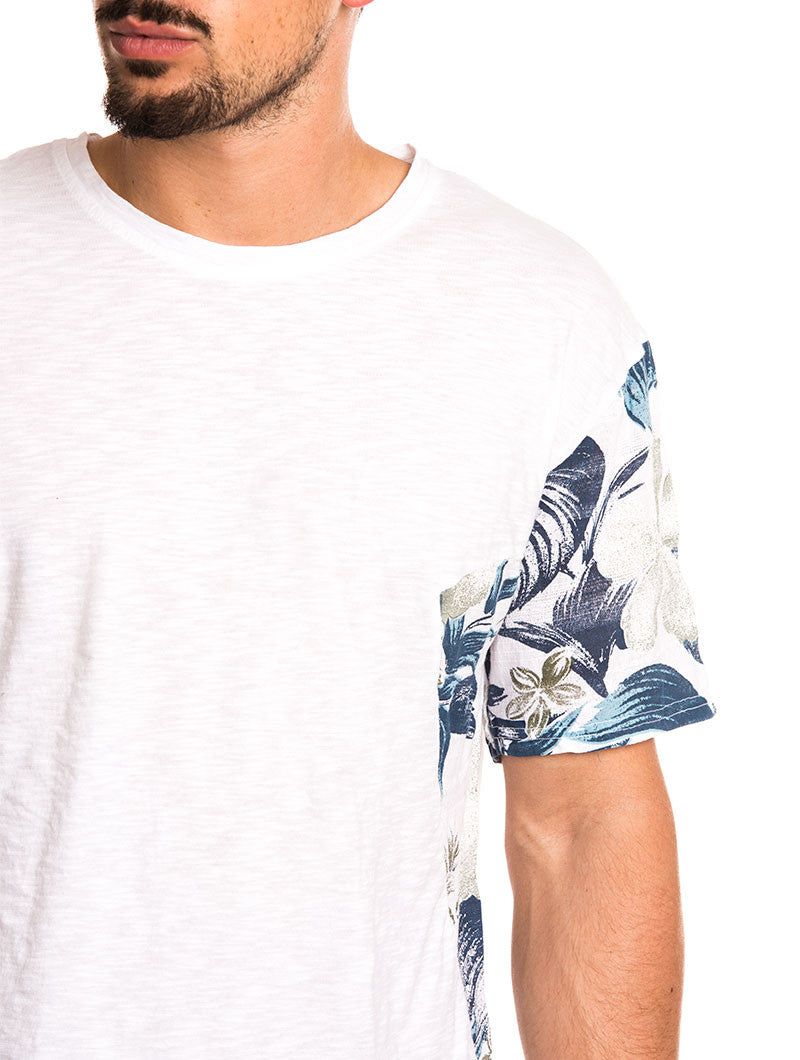 MEN'S CLOTHING | FLOWERS T-SHIRT | FLORAL PRINT DETAILS | NOHOW STREETWEAR COLLECTION | NOHOW