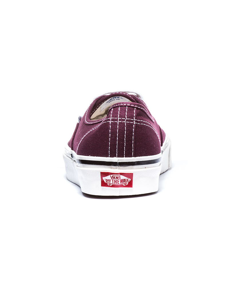 UA AUTHENTIC 44 DX SHOES IN BORDEAUX