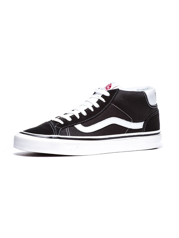9e87a42437c2b6 UA MID SKOOL 37 DX SHOES IN BLACK · Vans