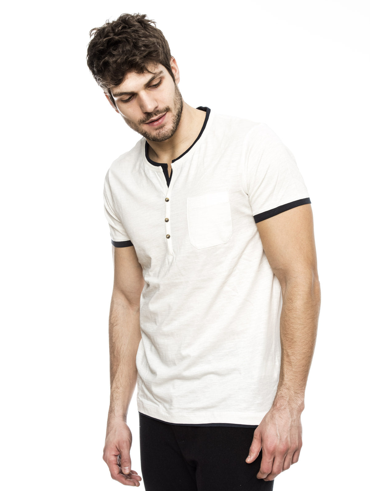 CASUAL HENLEY T-SHIRT IN WHITE