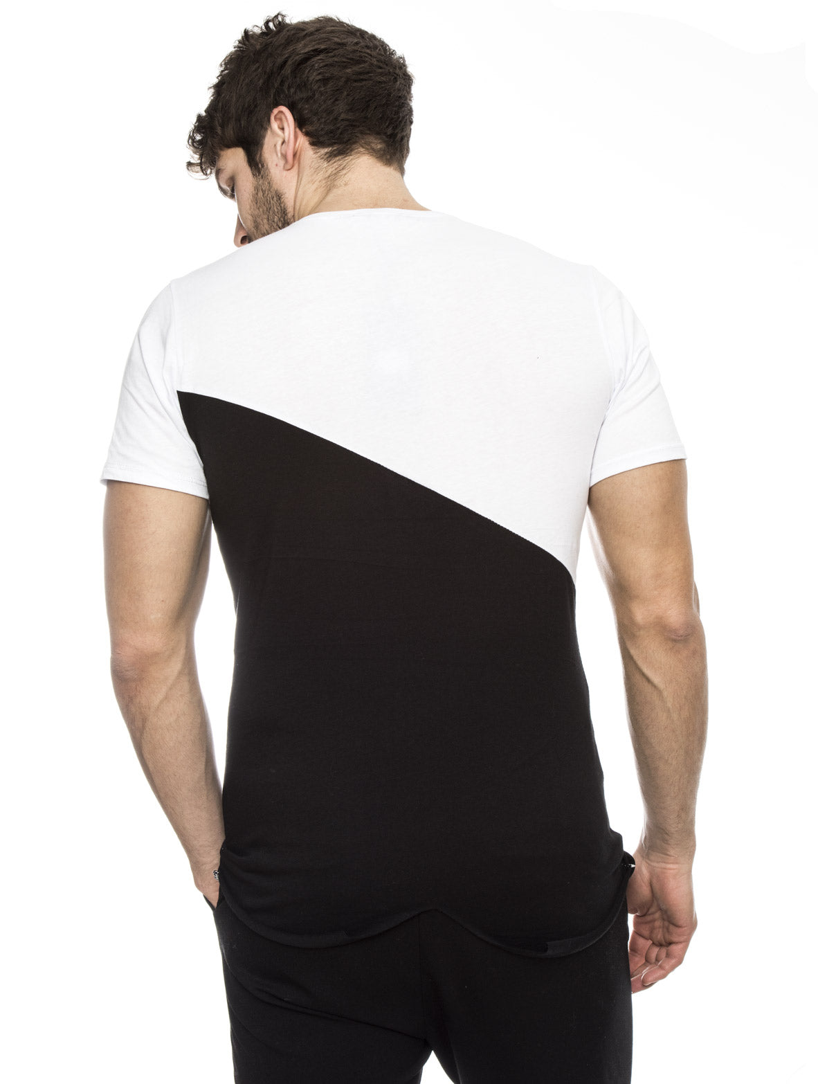 SENECTUS COTTON T-SHIRT IN BLACK AND WHITE