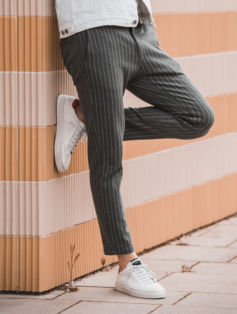 ANUBIS STRIPED PANTS IN GREY