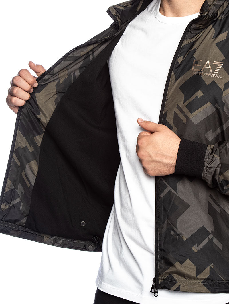 EA7 WATERPROOF JACKET IN GREEN CAMO