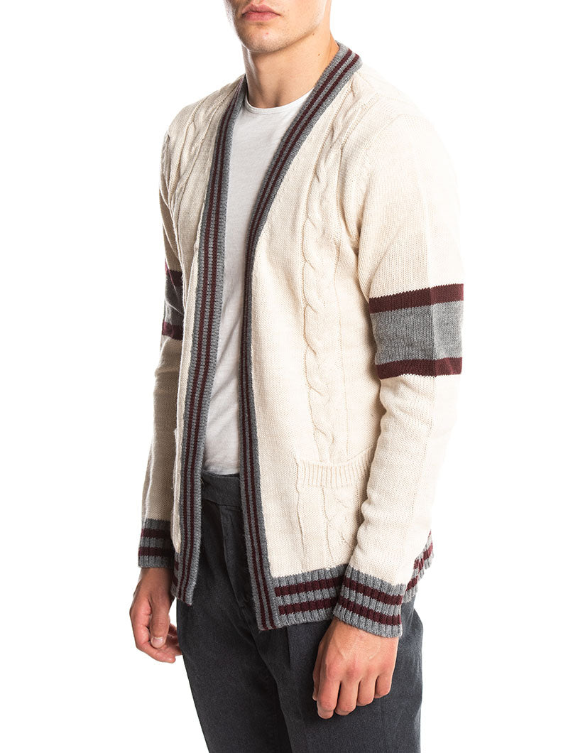 CABLE KNIT CARDIGAN IN IVORY