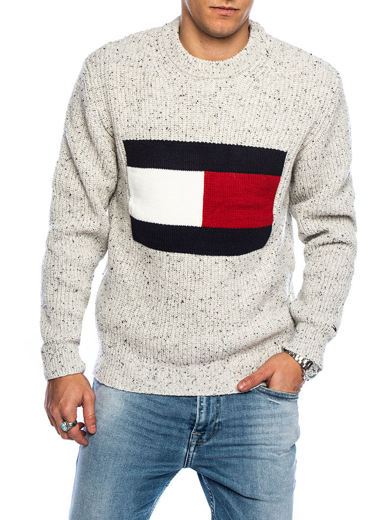 TJM TOMMY FLAG SWEATER IN GREY