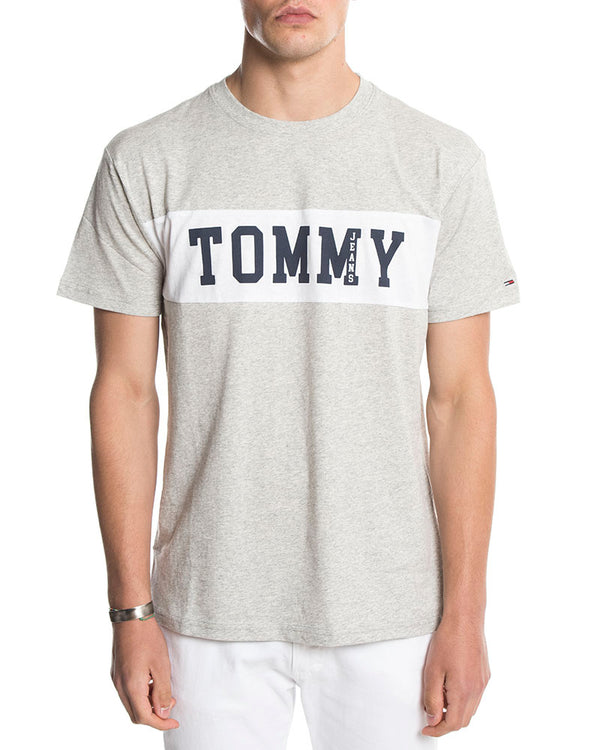 TJM PANEL LOGO T-SHIRT IN LIGHT GREY. Tommy Hilfiger 65d18a20aaf